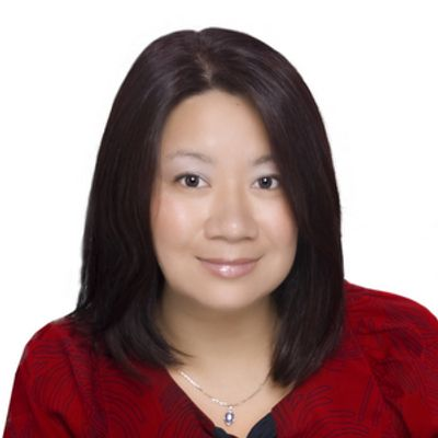 Dr. Huang is board eligible with the American Board Obstetrics and Gynecology and a Junior fellow of