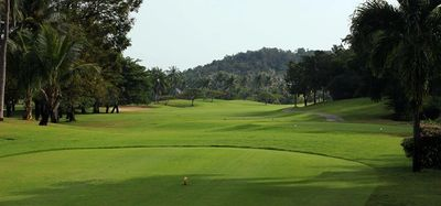 Tee hole 10 Palm Hills Golf Club. Golf Sea City guest house Hua Hin is 12 km from this golf course