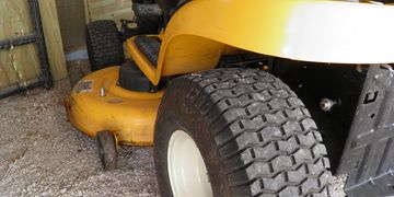 True Goo Tire Sealant Mowers, ATVs, UTVs are 12-20 oz/tire front, and 16-28 oz/tire back