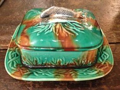 Palissy Majolica Sardine Box Molted Green and Brown