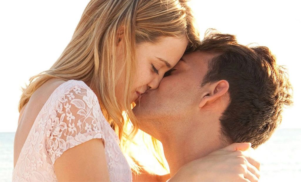 what to do for a first kiss
