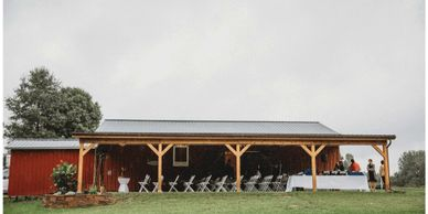 outdoor event space at bloomfield meadows farm barn near columbus ohio
