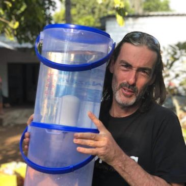 Jeroen Van Overbeak and the Nazava Water filter. Backpacker and Expat.