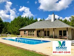 Hunting property, fishing, residential, cattle horse, barn, swimming pool