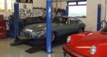 Star Garage Service, Repairs and MOT Testing Louth Road West Barkwith, LN8 5LF  Tel: 01673 858326  w