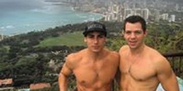 Diamond Head Hike, Diamond Head, Gay Hike Oahu, Gay Hike Hawaii, Topher DiMaggio, Waikiki Gay Hike