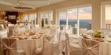 Gay Wedding Party Venue, Gay Wedding Hotel, LGBT Hawaii Wedding Venue, Waikiki Gay Wedding Reception