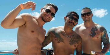 Aloha Bears Booze Cruise, Aloha Bears, Oahu Gay Booze Cruise, Gay Bears Party Boat, Gay Catamaran