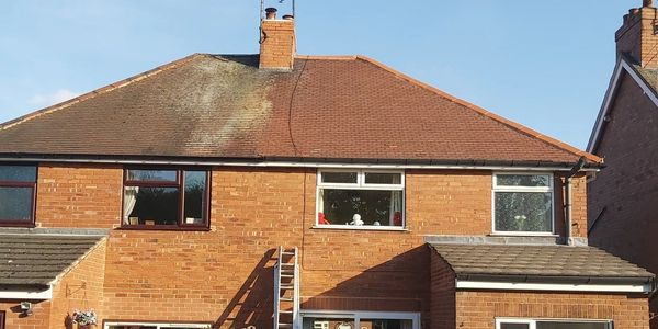 A roof clean done in Mansfield