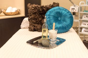 Relaxing Aromatherapy Spa Package Room at Spa in Lake Nona