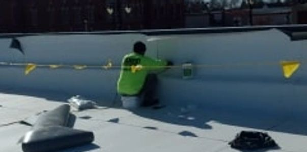 roofing,roof repair,contractor,shingles,metal roof,flat roof,commercial roof repair, leak repair