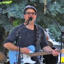 Seattle singer songwriter for wineries, corporate events, solo, duo, trio, Stevens Rocket, band