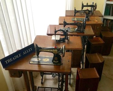 treadle sewing machines