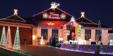 Holiday lighting services