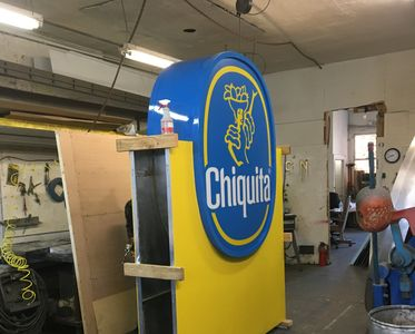 Custom monument sign, large signs, custom sign, sign company.