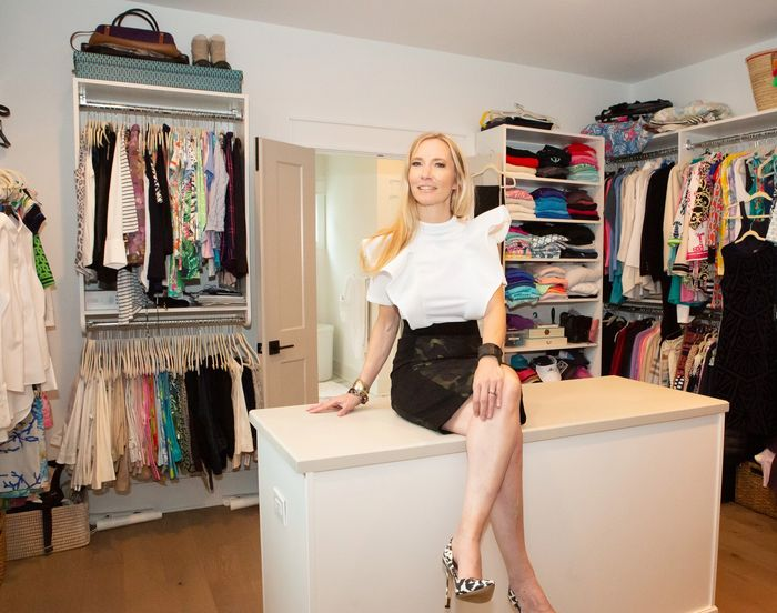 wardrobe edit, closet organizing, wardrobe consulting, personal styling