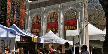 Visitor information about Portland Saturday Market in Portland Oregon