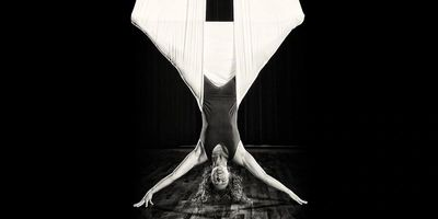 Aerial Yoga clients should come 10 min before each class.