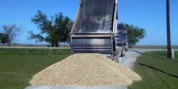 Gravel delivery -Sanger, Ponder, Krum, Valley View, Decatur, Slidell, Dish, Era & Forestburg Texas