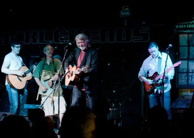 Dan Smith with Nathan, John and Jonathan McEuen.  Photo by Peggy Stevison Bair