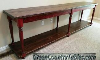 Turned Leg Entry Table
