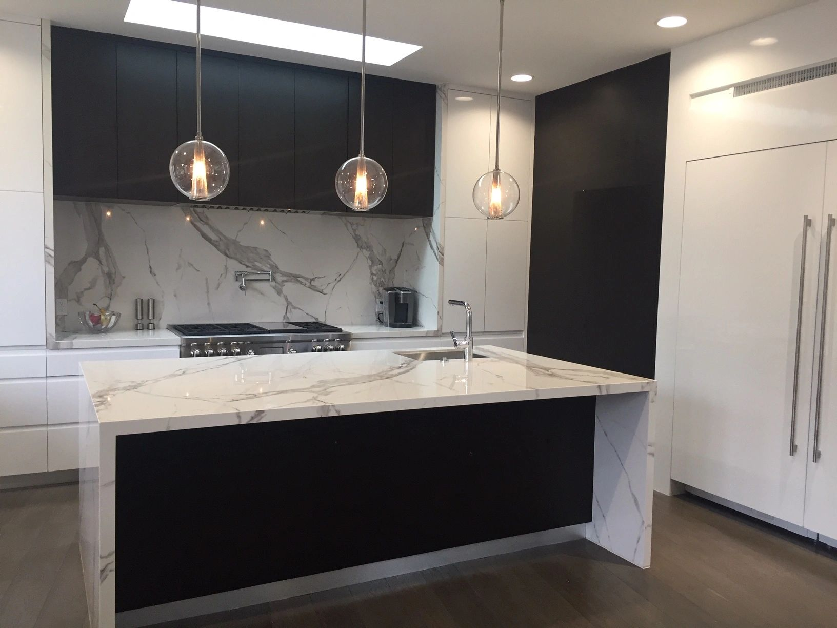 Italian Porcelain Slabs For Countertops And Walls