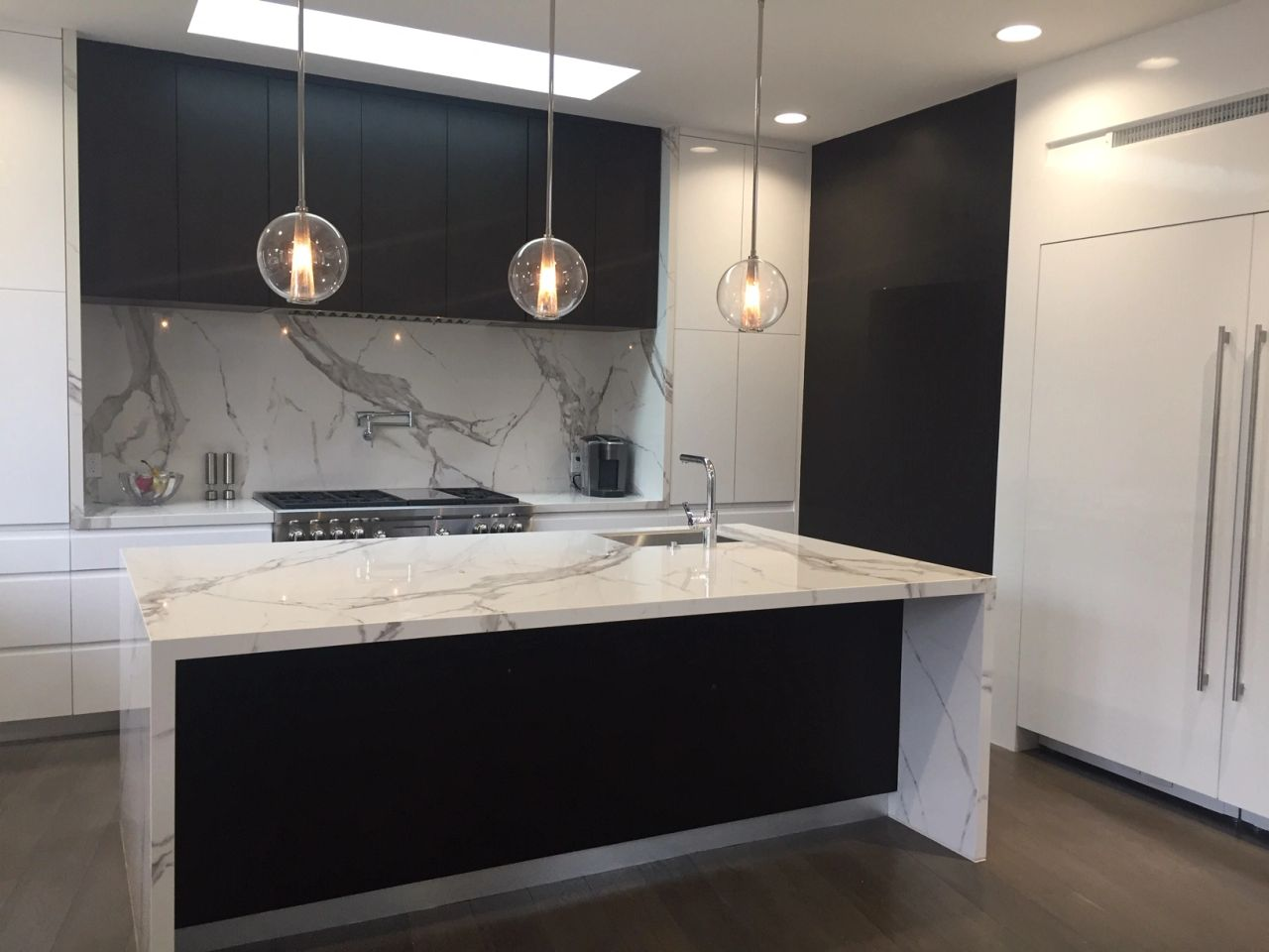 Porcelain Slab Kitchen and Island with Waterfall