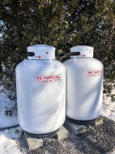 Oil&Propane Delivery to Chesterville, Farmington Industry Jay, Mt Vernon, New Sharon, Strong, Wilton