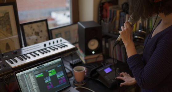 SIRMA explains how she uses her own voice to create soundscapes and textures in her productions.