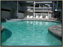 Vacation Rental by owner pool and jacuzzi free with condo booking