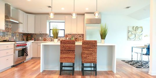 Budget friendly vacant home staging in austin. Owner Occupied Staging Consultations. Cleaning.