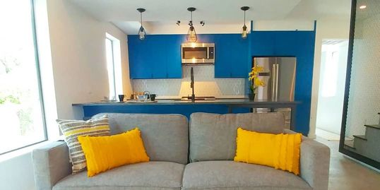 Rental property interior decorating in Austin. Rent furniture for your rental house.