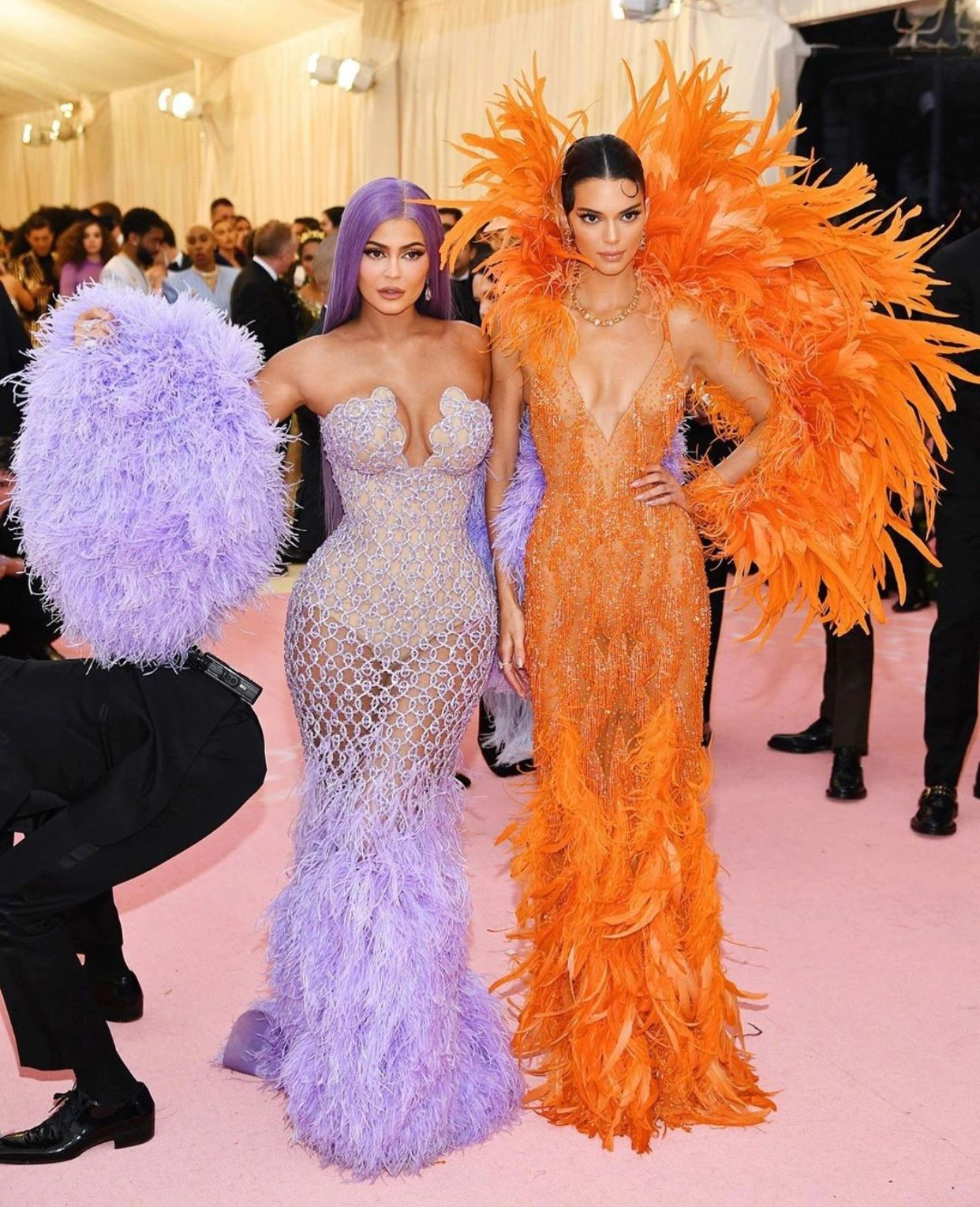 Met Gala, 2019: Kylie Jenner & Kendall Jenner. (Getty Images)