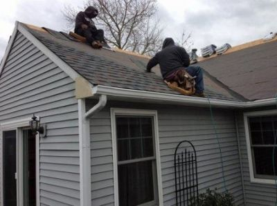 Top Handyman Service that provides Roof Installation and repairs.