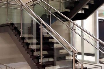 https://metalmagicianswelding.com/stainless-steel-railing