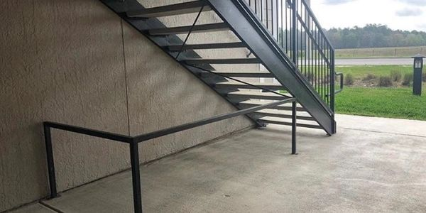 https://metalmagicianswelding.com/cane-detection-guardrails