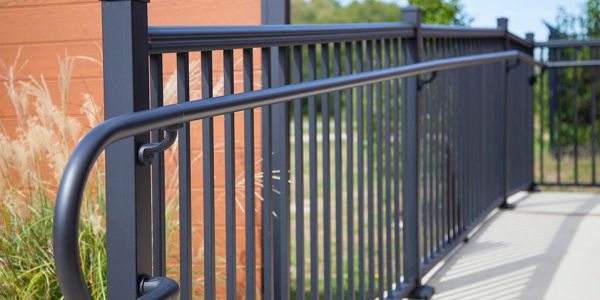 https://metalmagicianswelding.com/commercial-handrails