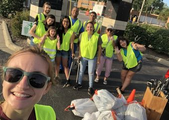 Volunteers at cleanup campaign.