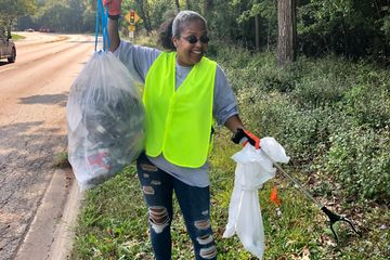 Volunteer in Park Ridge with Clean Up - Give Back .Org