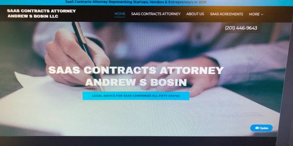 Experienced SaaS Contracts Attorney, Lawyer Drafting and Negotiating SaaS Subscription Agreements.
