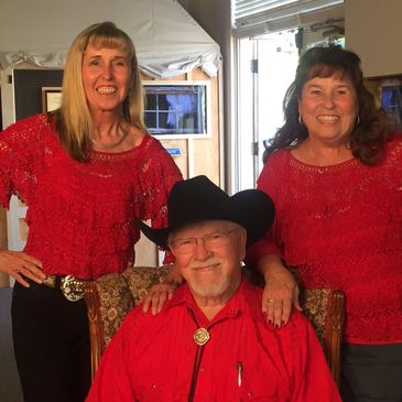 Tommy Hays with Dianne Sharman and Glenda Rankin.  Bakersfield Sound