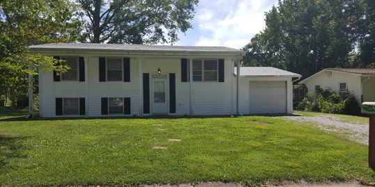 Great Family home,,, Ready to move into $955/ month Bath and half, washer dryer, central air, deck