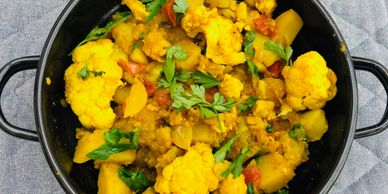 Warming spiced Cauliflower and Potato Curry