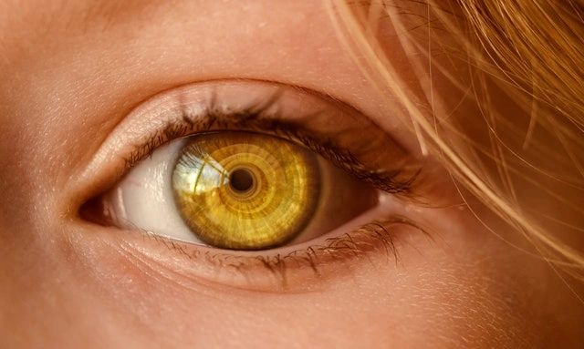 How To Prevent Eye Damages From Tanning Beds