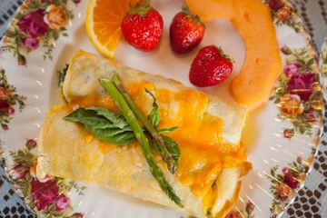 BREAKFAST VEGGY CREPES