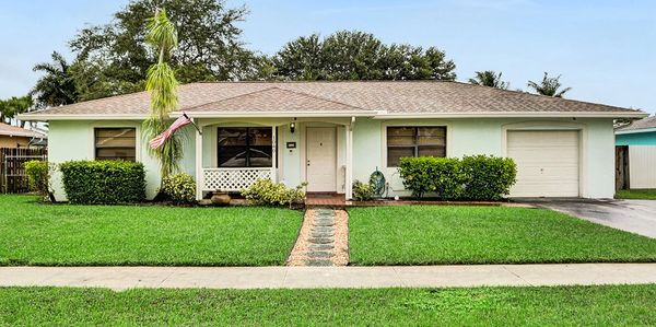davie home for sale. robbi auerbach realtor