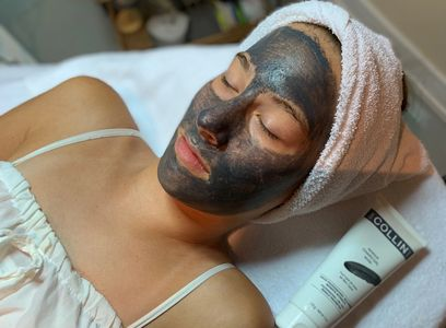 Charcoal Mask at DeLaVieDaySpa