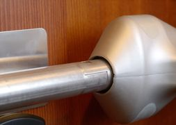 The internal hinge allows the door to be opened and still be safe