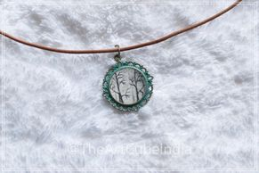 Miniature art in a pendant