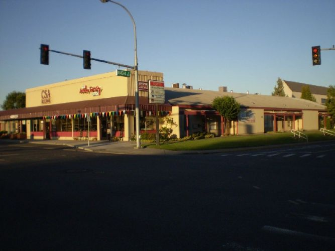 Office and retail space building by the hour or full time, downtown Richland WA.